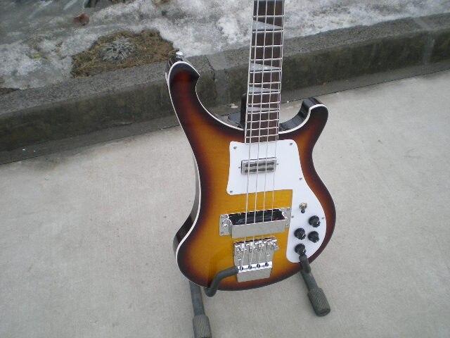 Vente chaude ricken cercle vintage sunburst couleur backer guitare basse, corée matériel vraie guitare photos Rickenback basse électrique