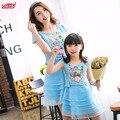 2016 verano de la familia de trajes a juego azul bordado de encaje para la mamá y la hija, Niño y la madre de la corto-vestido de manga larga