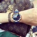 Relógio feminino Senhoras Pulseira de Couro Relógio De Quartzo-relógio High-Grade Diamante Azul Rosto Esculpido Caso Moda Relógios Das Mulheres