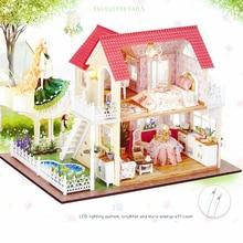 Sylvanian Families Castle DIY Original Princess Cottage Assembled Model Dolls House Furniture Toys for Girls Juguetes Brinquedos