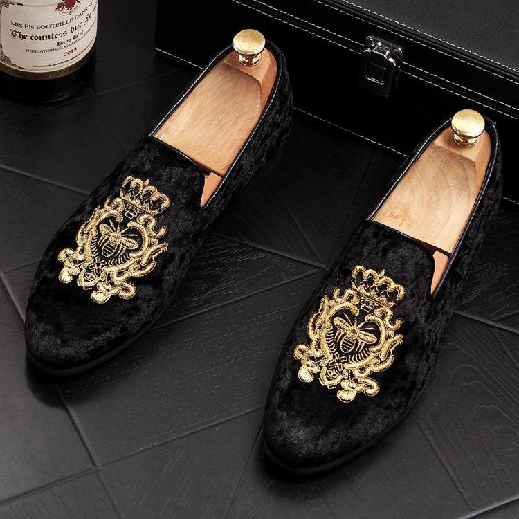 ERRFC 2018 جديد الأزياء إلى الأمام الرجال الأزرق أحذية لوفر مصمم قطيع Emboridered الإمالة حذاء خفيف للرجل الأسود Zapatos-في أحذية رجالية غير رسمية من أحذية على  مجموعة 2