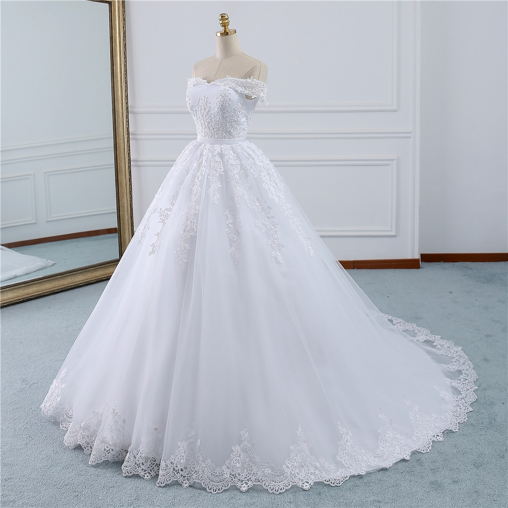 Image 2 - Fansmile 2019 Lace Gowns Wedding Dress Robe Princesse Mariage Plus Size Long Train Tulle Mariage Bridal Wedding Turkey FSM 433T-in Wedding Dresses from Weddings & Events