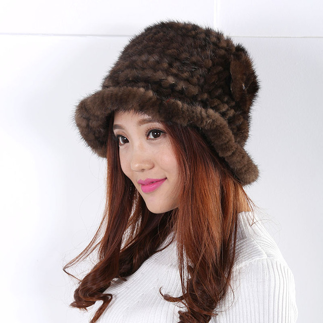 The new autumn and winter warm wool hat grandeur flower decoration Fashion and generous appearance  fur pompom Hat  Women 2016