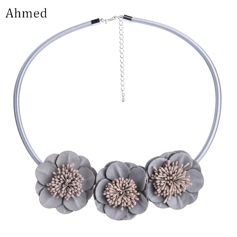 Ahmed Bohemian Three Flowers Accessories Simple Statement Necklaces for Women New Design Spring Collar Sweater Necklace