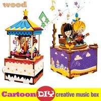 Robô dos desenhos animados Criativo DIY Caixa de Música Do Carrossel de Madeira Caixas de Aves Animais Forma Musical para Crianças Amigo Das Meninas presentes de Natal