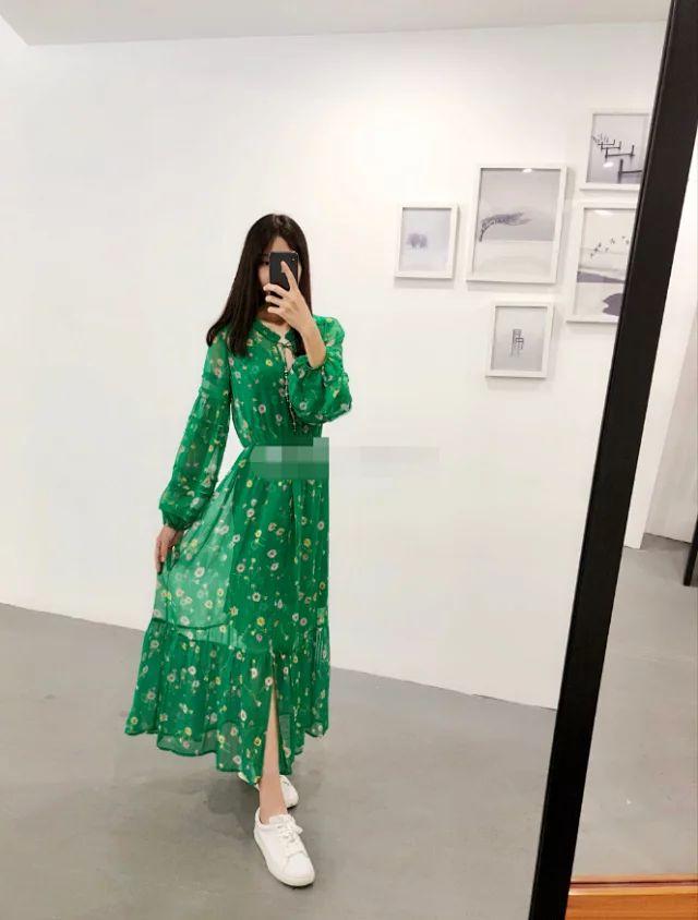 Women Dress 2019 New Green Printed Silk Dress with Suspenders