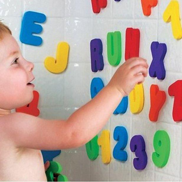 36 pçs/set Alfanumérico Carta Puzzle Brinquedos EVA Macio Crianças de Banho Do Bebê Água do Banho Brinquedos Sucção Up Banho Brinquedo Educativo Cedo