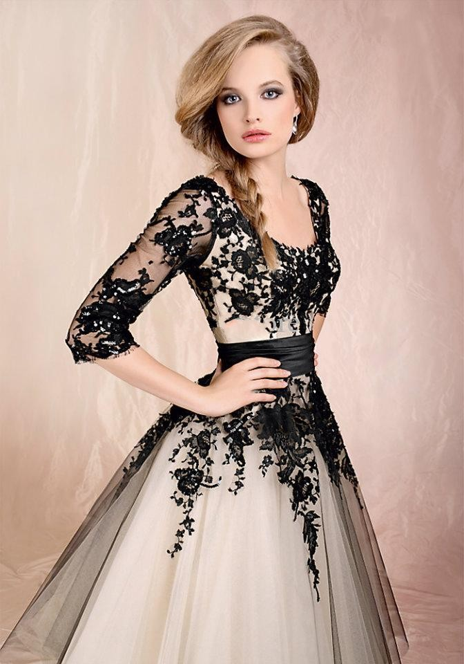 Dhx24 Hot Sell A Line White Tulle Black Lace Short Prom Dress