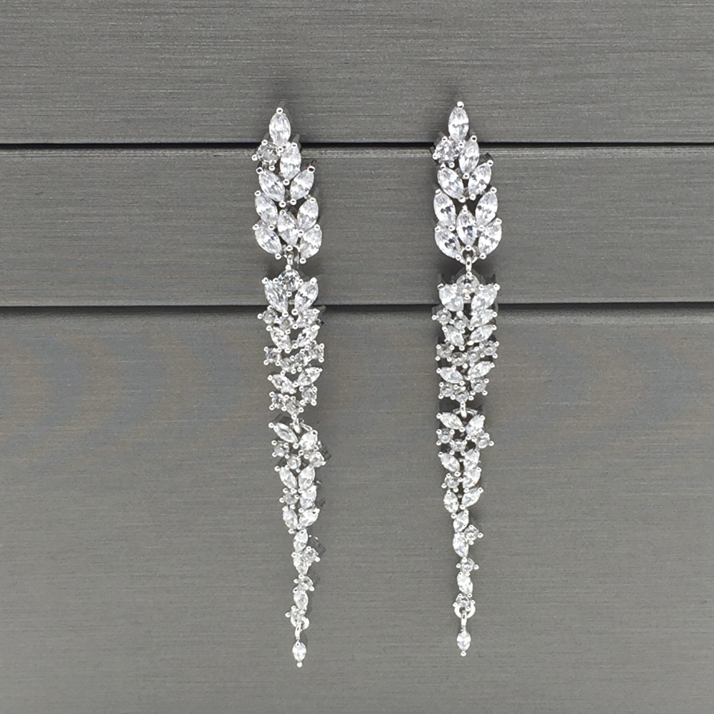 exquisite design leaf ear line long stud earring jewelry AAA cubic zironia brincos for women bijoux pair of exquisite gemstone embellished leaf shaped long earrings for women