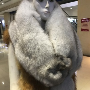 Image 2 - 100% Natural Real Fox Fur Scarf For Women Fashion Winter Genuine Fur Collar Scarves Warm Real Fox Fur Scarf Wholesale And Retail