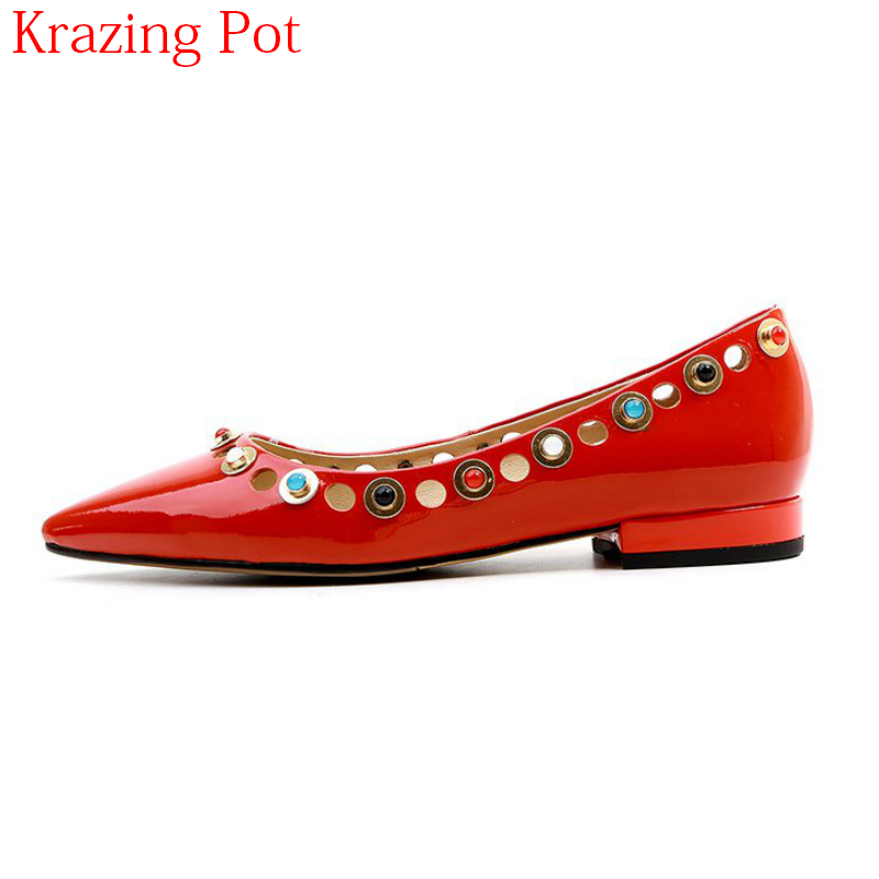 2018 New Arrival Genuine Leather Shallow Office Lady Rivet Pointed Toe Shoes Crystal Slip on Thick Heels Elegant Women Flats L21 bfdadi 2018 new arrival hat genuine