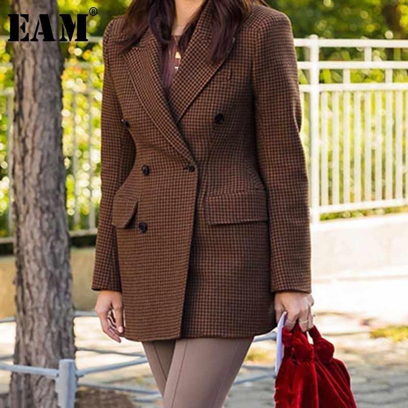 [EAM] 2019 Новинка весна осень отложной воротник длинный рукав двубортный Карманы темперамент куртка Женское пальто мода JX738