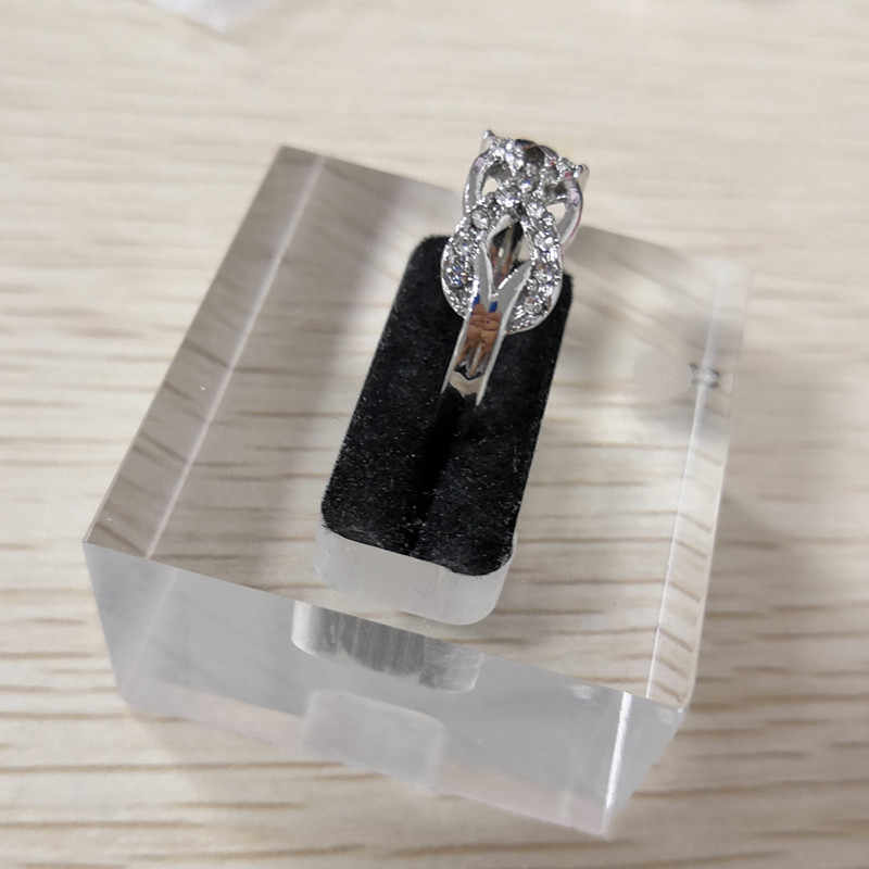 แฟชั่นคริสตัล Infinity แหวน Micro Inlay Cross แหวน Cubic Zirconia CZ แหวนคริสตัลเงินเครื่องประดับ A5C178