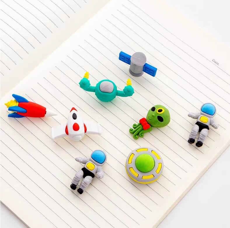 Space Eraser Novelty Mini Rocket Astronaut Rubber Eraser For Kids As School Prize