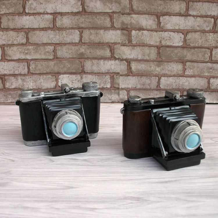 2016 Bar / Cafe / office/ livingroom Creative Decoration (2 colors available) Retro Camera Money Box Creative Piggy Bank