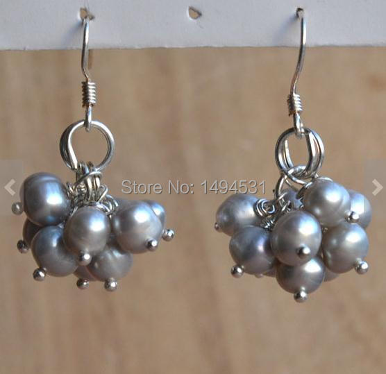 Grey Colour Earrings: Wholesale Pearl Earrings Gray Color 5 6mm Natural