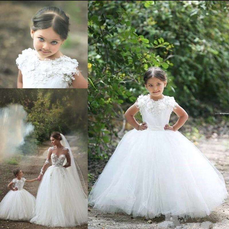 Well-Designed Girls Party Gowns with Floral Appliques Customized Flower Girl Dress For Wedding Holy First Communion Gowns LongoWell-Designed Girls Party Gowns with Floral Appliques Customized Flower Girl Dress For Wedding Holy First Communion Gowns Longo