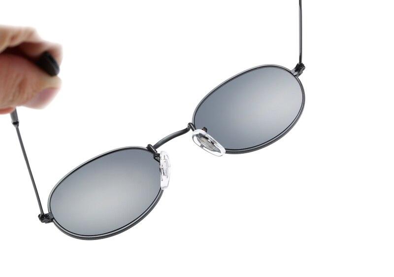 040cbd82d Peekaboo pequeno oval óculos de sol tamanho pequeno homens negros do ...