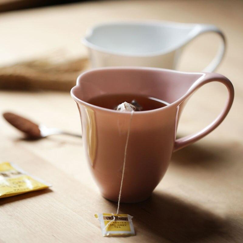 Tasse à café faite au japon coeur sharp mignon tasse à thé en céramique rose blanc 300 ml chine os matériel tasses et tasses avec des cadeaux de poignée