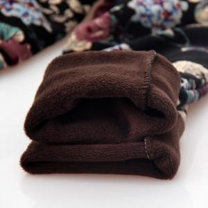 Image 5 - YAVO SOSO Herfst Winter Stijl Plus Fluwelen Warme leggings Vrouwen Plus size XXXL Printing Bloemen 20 Kleuren dikke vrouwen broek