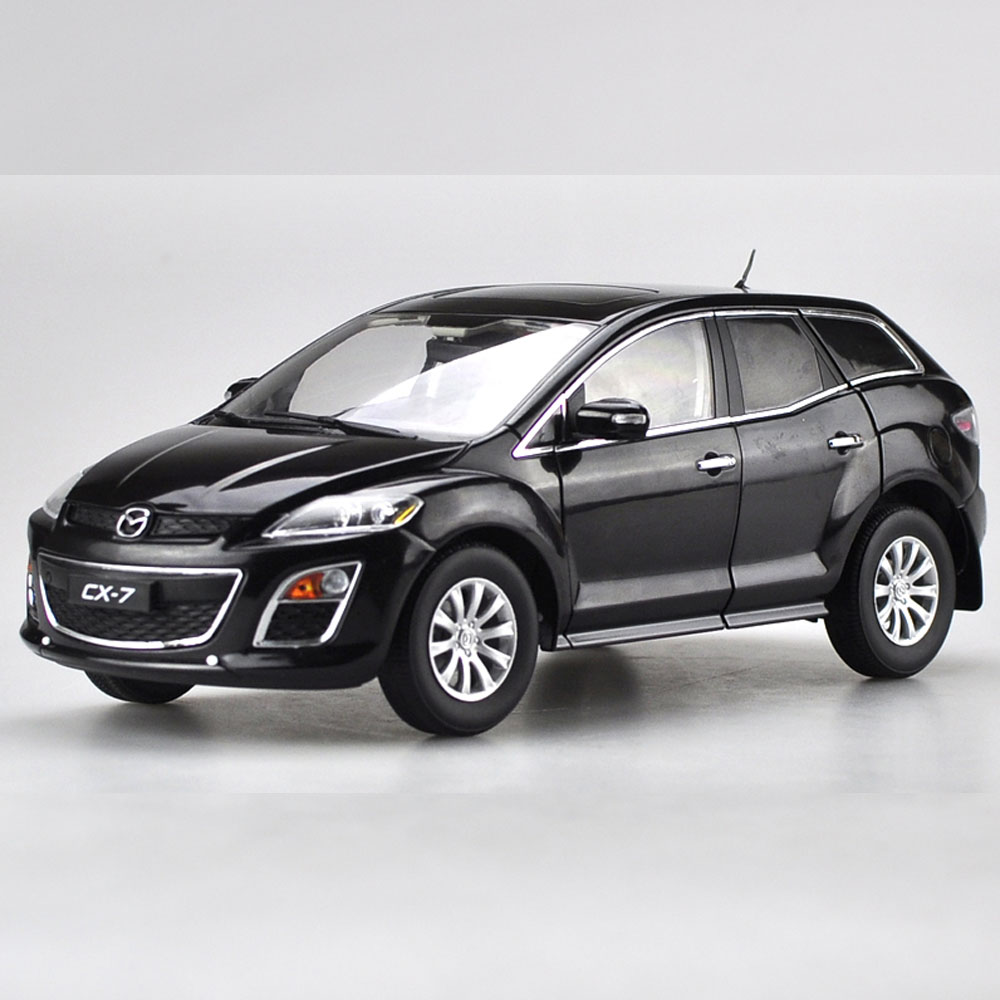 Scale 1:18 Diecast Car Model Of Mazda CX 7 SUV Type For Kids Children Gift And For Collection Free Shipping