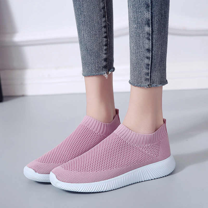 7135a4e6fc4 Zapatillas de deporte de malla de aire transpirables de talla grande para  mujer 2019 Primavera Verano