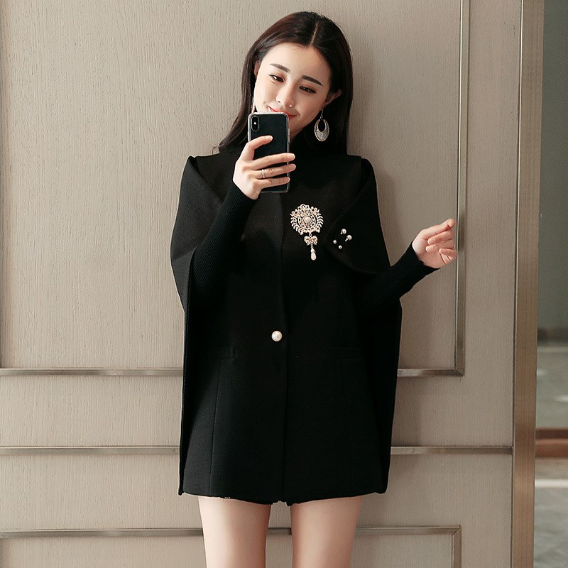 2 Colors 2019 Runway Fashion Office Lady Women Cape Blazer Black White Beadinged Diamond Ruched Coats Lady Fashion Sexy Clothing