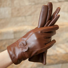 Female Genuine Leather Sheepskin Butterfly Knotl Gloves Women Winter Thin Thick Plus Plush Cashmere Warm Bow