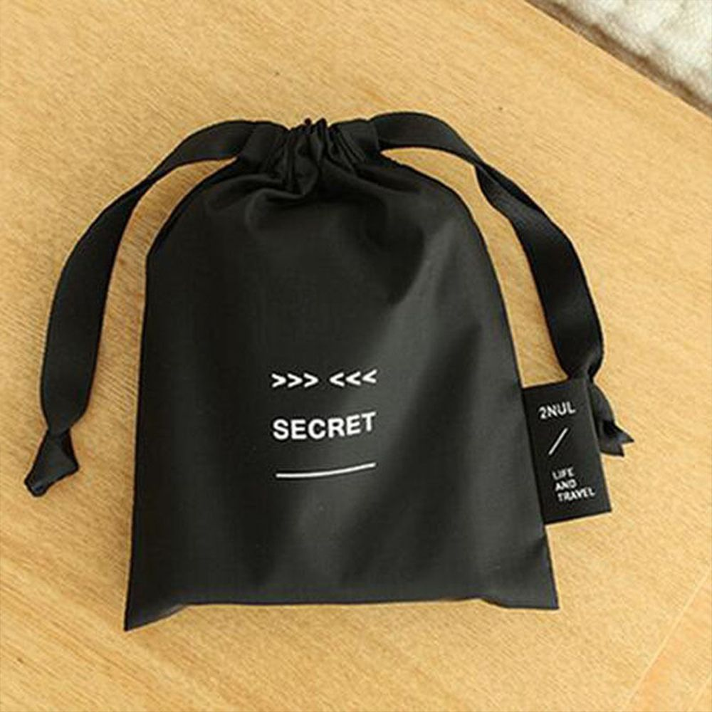 Купить с кэшбэком 2020 New Cute Nylon Sanitary Napkin Bag Portable Drawstring Black Storage Bag Cosmetic Makeup Case Jewelry Pouch Organizer