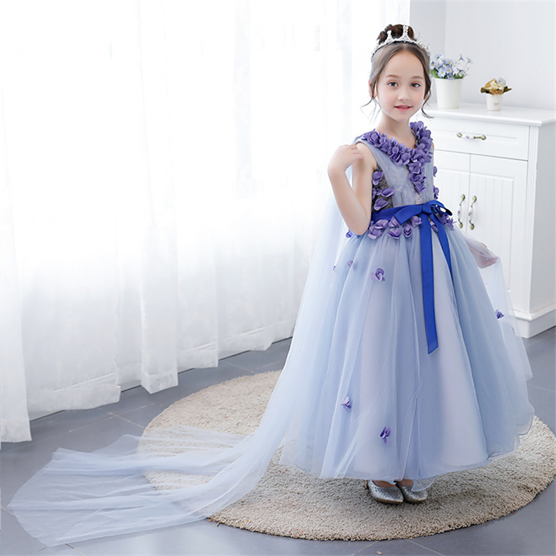 Spring and summer new girl sleeveless flowers High-end V-collar dress beautiful Princess dress Bow elegant birthday party dress цена 2017