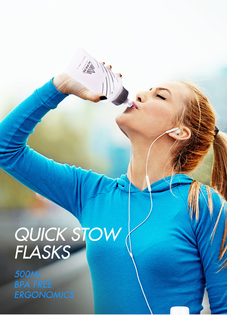 Foto with one woman water's flask folding TPU for sport. Collapsible flask of water 500ml for hiking