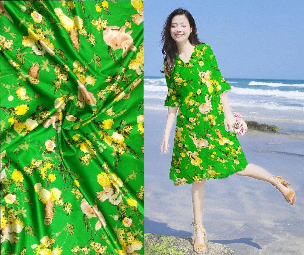 Telas Super japon Tissu tissé rideaux Tulle robe vert pierre lapin imprime Tissu de soie satin extensible Tissu de noël