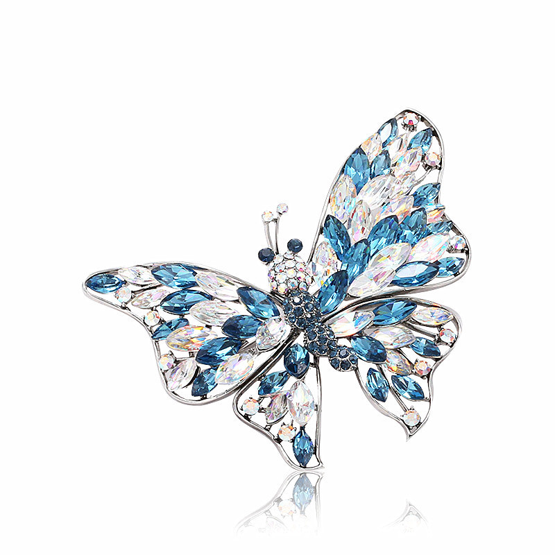 Luxury Butterfly Crystal Zirconia Large Scarf Clip Lapel Pin Brooches for Women Suits Men Pins and Brooches Animal Jewelry X074