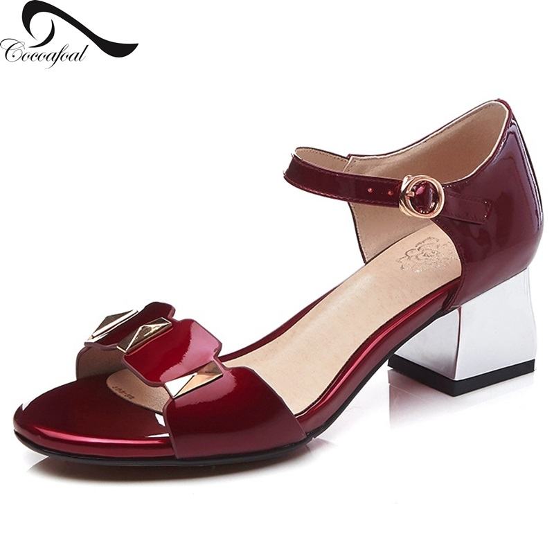 ФОТО 2017 Latest fashion Patent Leather Female high-heeled sandals Cover Heel cool summer Rough heel design Casual women sandals