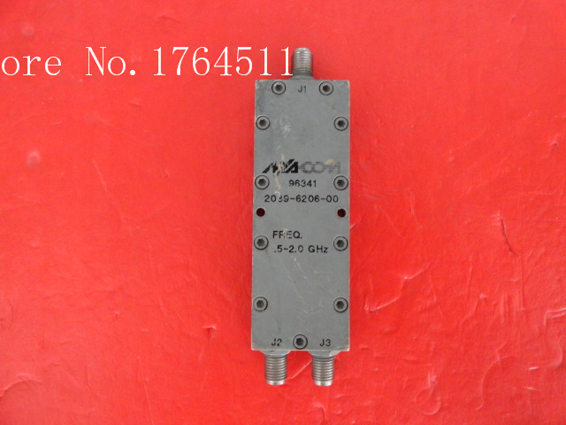 [BELLA] A Two M/A-COM Power Divider 2089-6206-00 0.5-2.0GHz SMA