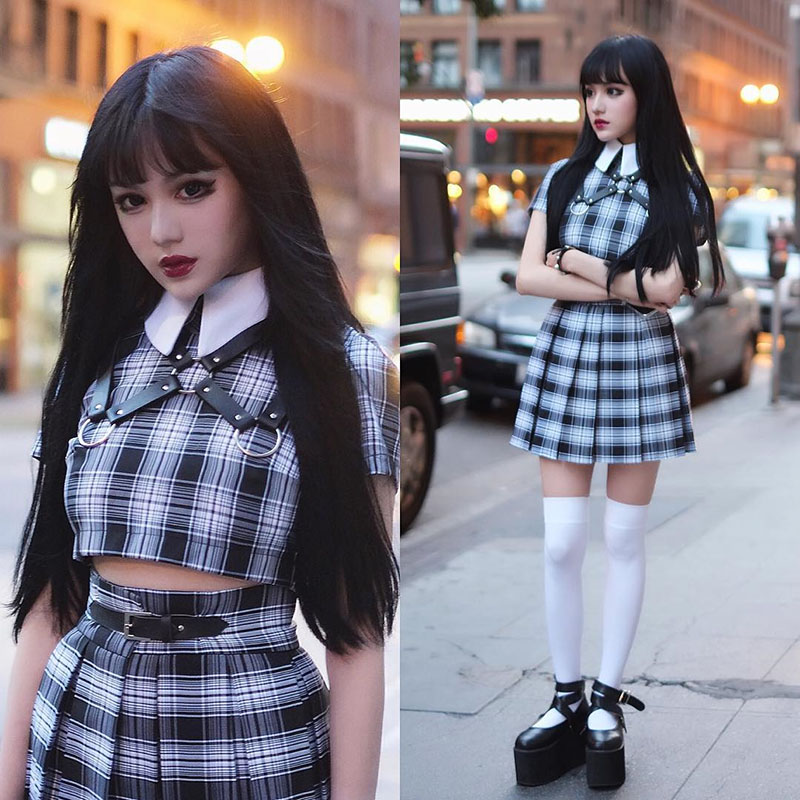 InstaHot Turn Down Collar Gothic T Shirts Women Short Sleeve Preppy Style Plaid Black Crop Tops Zip Up Punk Cute Lovely Tee 2019