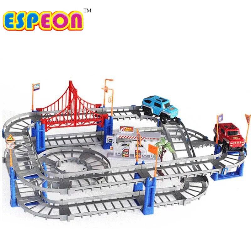 Électrique Racing rail de voiture enfants train piste modèle jouet bébé Voie Ferrée Racing Route Transport Bâtiment Slot Ensembles 2 Couleurs