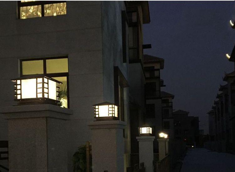 стены столб света, дверь садовые фонари, открытый водонепроницаемый сад Вилла свет