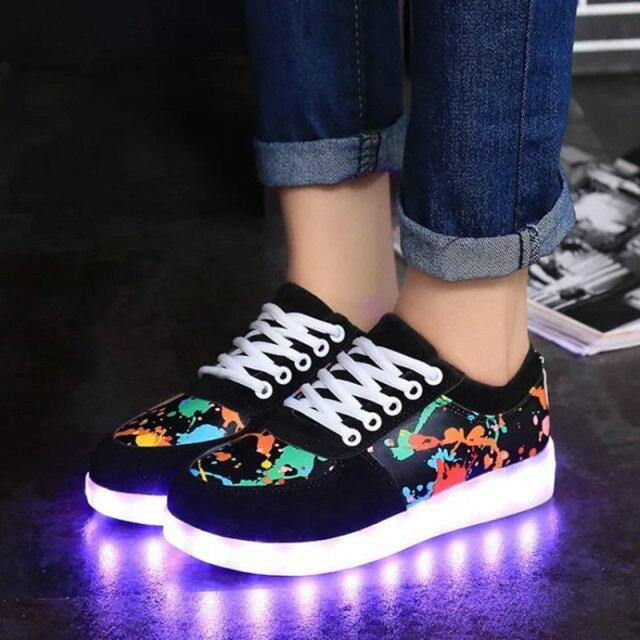 Размеры  35–46 зарядка через USB светящиеся световой Спортивная обувь свет  Обувь граффити 9d697e370be33