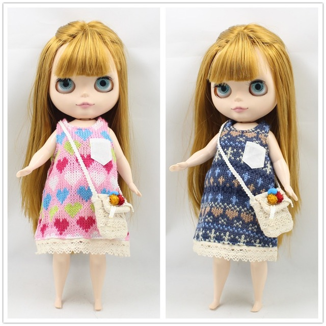 Neo Blythe Doll Pink & Blue Sweater With Bag
