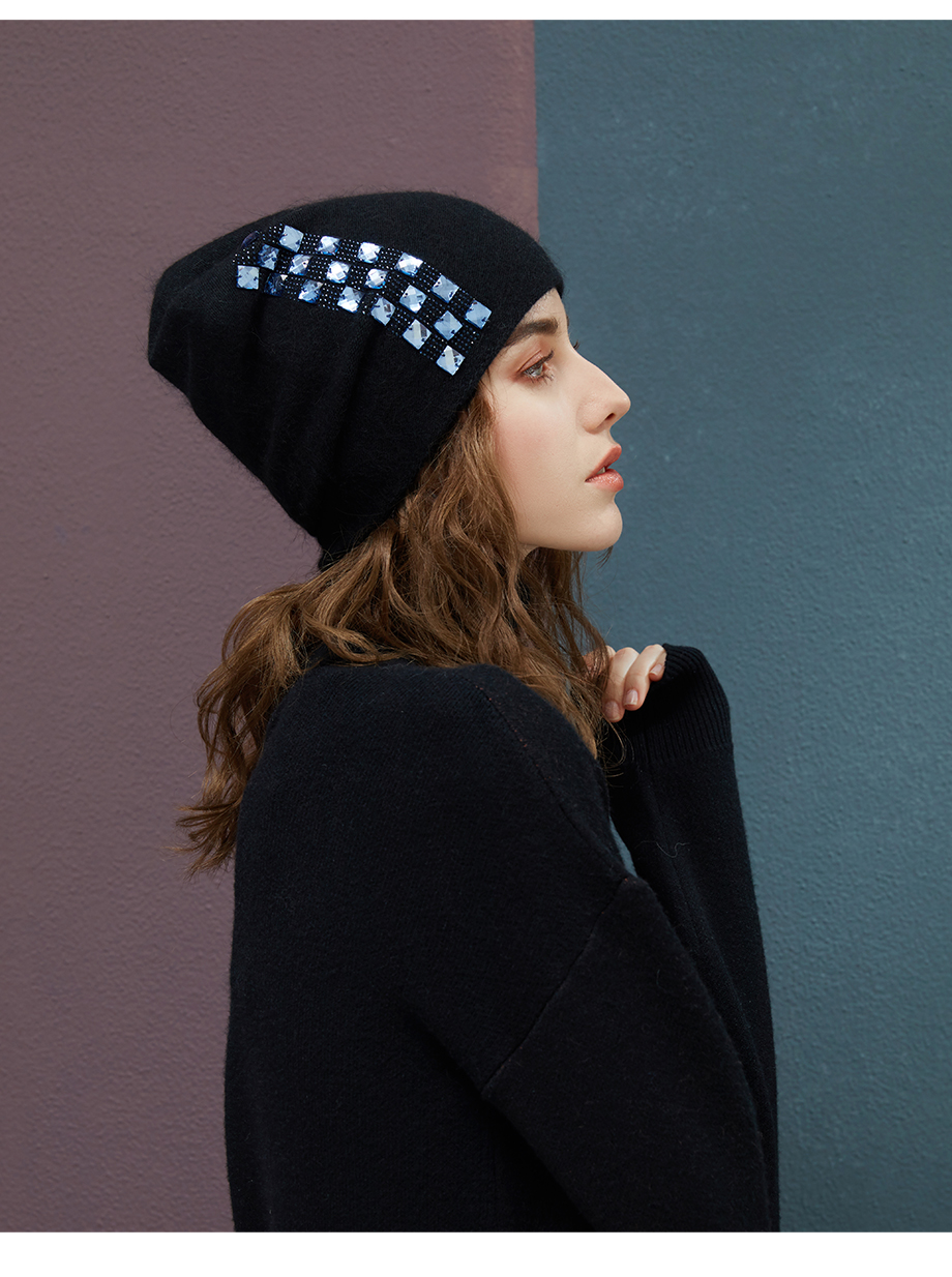 Women's Winter Beanies 2018 Stretchy Knitted Hat Flashing Glass Rhinestone Hat Female Cashmere Bonnets Elegant Warm Beanie Gorro (7)