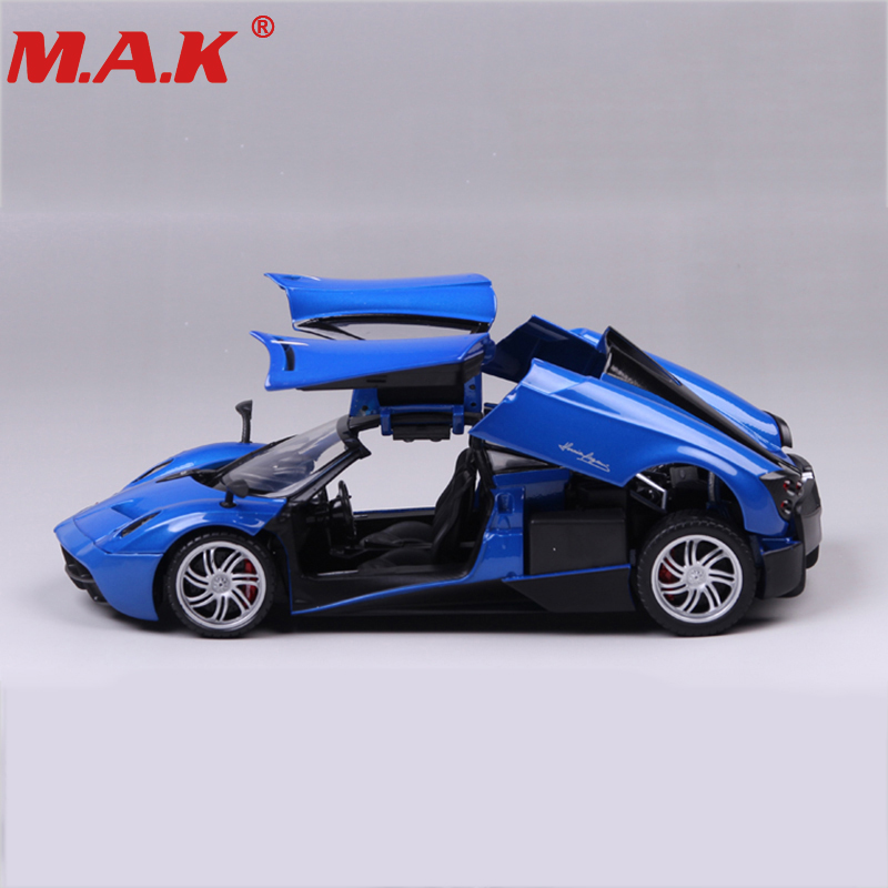 все цены на kids toys diecast car 1:18 scale 1/18 alloy Pagani red/blue color street racing car model toys collection gift онлайн