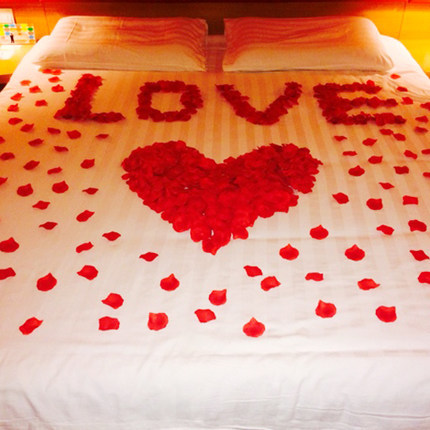 1000 Pcs/pack Wedding Decoration Wedding Room Decorated Props False Flowers  Simulation Rose Petals