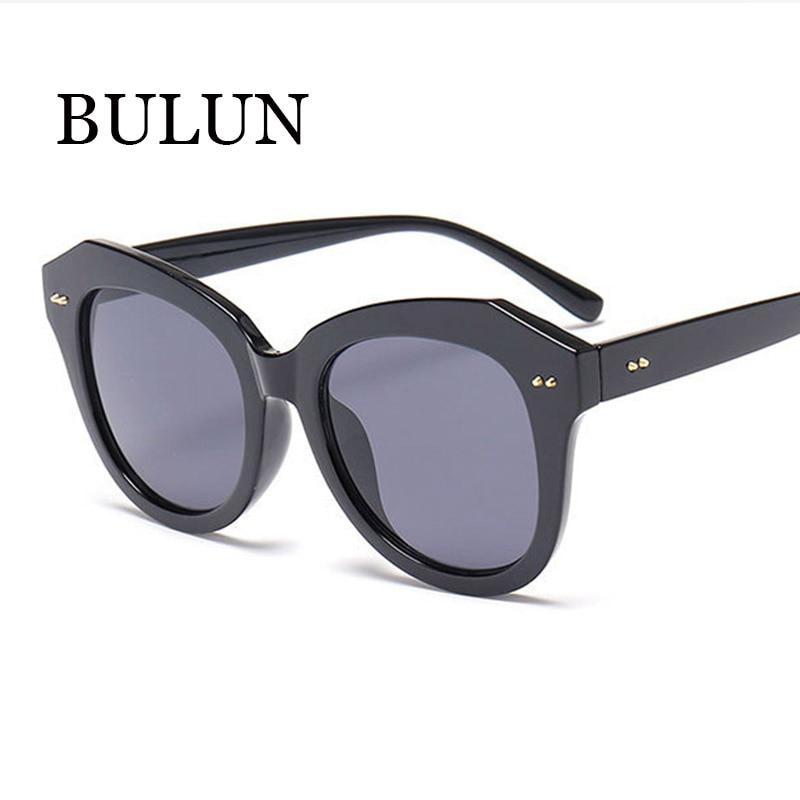 49c49c5381bd6 BULUN Vendas Hot Clássica Homens Espelhado Óculos De Sol Das Mulheres  Designer De Marca Do Vintage de Condução Ao Ar Livre Óculos de Sol Oculos  de Sol Gafas
