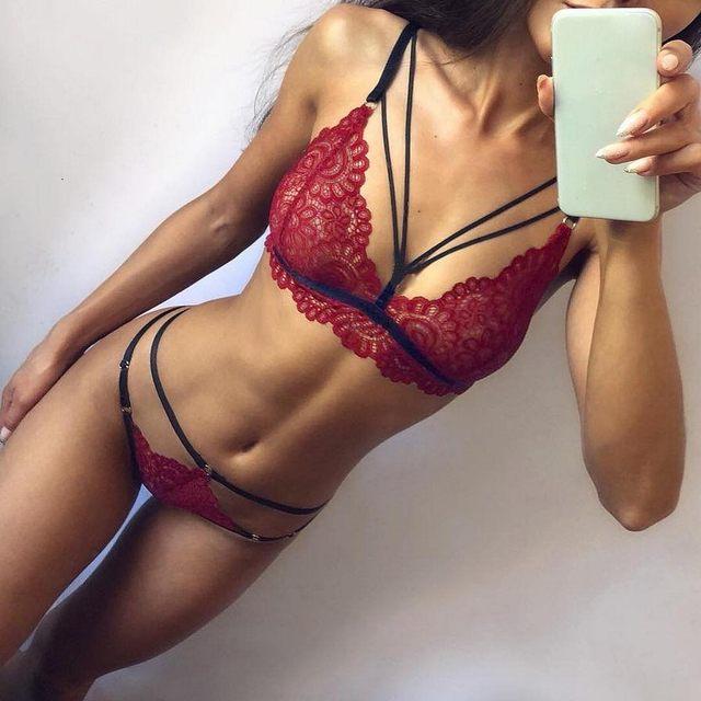 Fashion Women Sissy Lace Lingerie Straps Bra and Panty Bandage Set Back Closure Underwear Nightwear G-String Spaghetti Straps 34