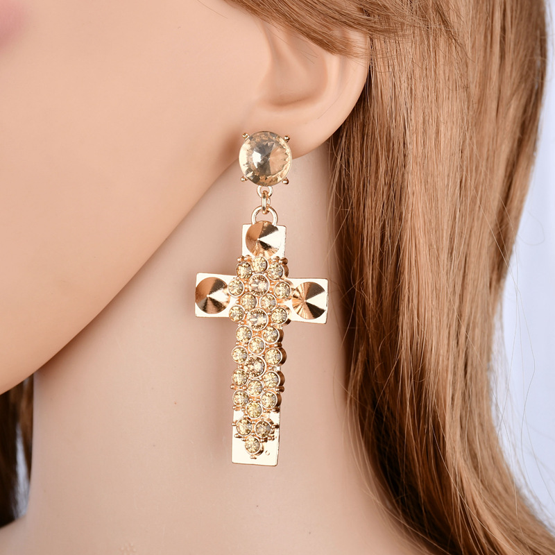 Terreau Kathy 2018 New Fashon Exaggerated Rhinestone Cross Earrings Gold  Color Big Earrings For Women Vintage Jewelry Brincos-in Drop Earrings from  Jewelry ... 3686c1304321