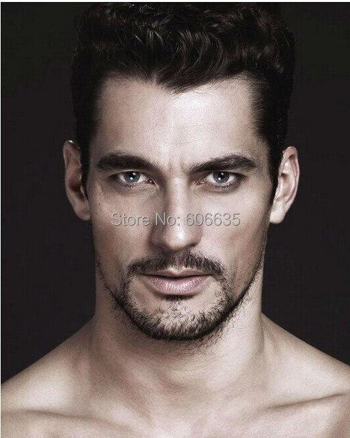Длинные волосы на груди у мужчины