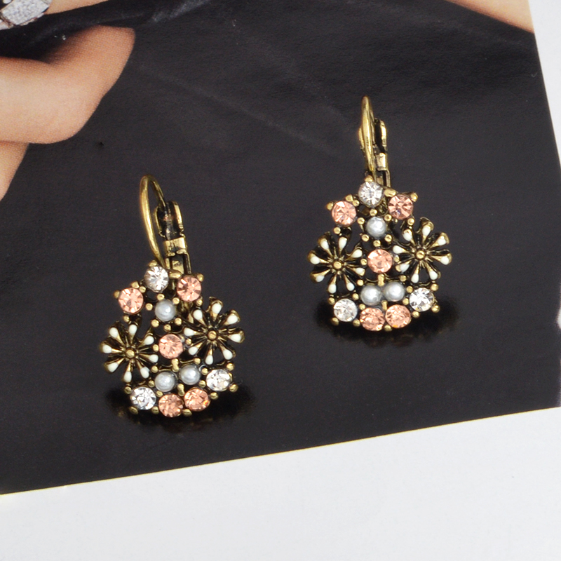 Exquisite Rose Earrings Bohemian Flowers Pearl Colorful Crystal Pendant Earrings Fashion Beautiful Women Jewelry Gifts
