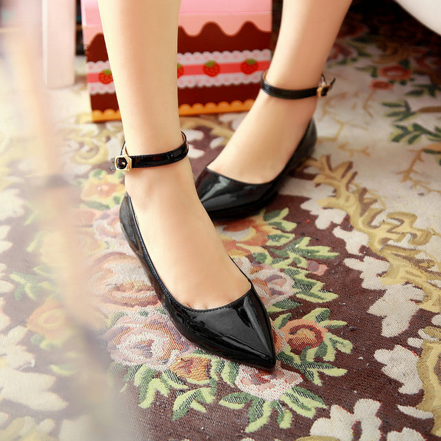 4c477bb9059 New fashion Extra large shoes british style ankle strap ladies summer flat  shoe EUR 34 49-in Women s Flats from Shoes on Aliexpress.com