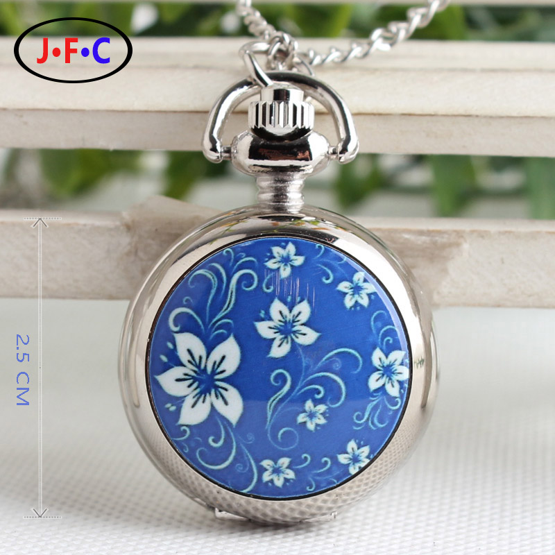 Enamel trumpet Quartz Pocket Watch for men and women students  Chinese retro wind Tourbillon table of blue and white porcelain 2016 aladdin and the magic lamp watch the young men and women fashion quartz pocket watch table birthday gift ds262